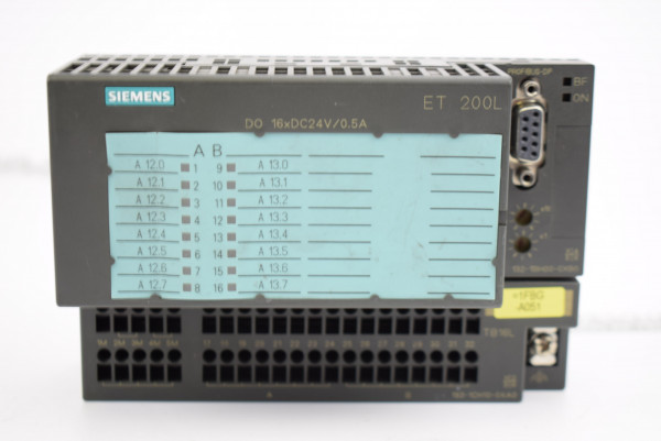 Siemens Simatic ET200L 6ES7 132-1BH00-0XB0 inkl. 6ES7 193-1CH10-0XA0